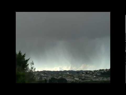 2012-09-11 - ROYALW1979 - FUNNEL CLOUD AND HAIL, PORIRUA, NZ