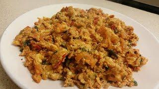 SPICY EGG OMELETTE RECIPE || OMELETTE English + Urdu recipe || [YUM,EASY]]