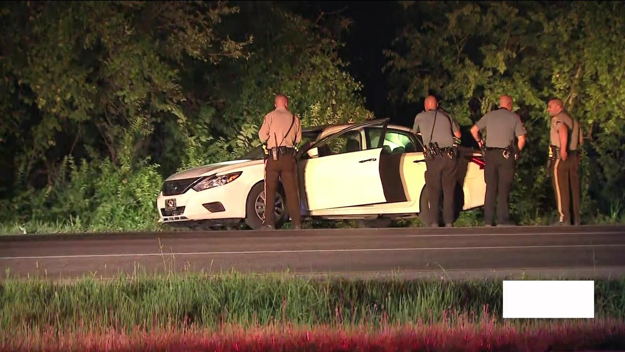 2 Shot Suspects Sought After Early Morning Carjacking In Fenton