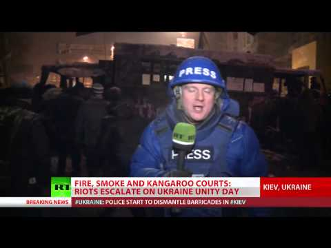 Frontline Fire: Violence intensifies as cops dismantle barricades in Kiev