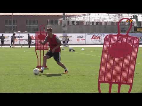 Här gör Nilsson Lindelöf sin första United-träning thumbnail
