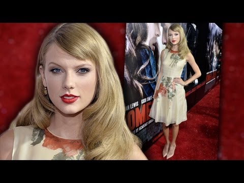Taylor Swift & Hailee Steinfeld BFFs at Romeo & Juliet Premiere