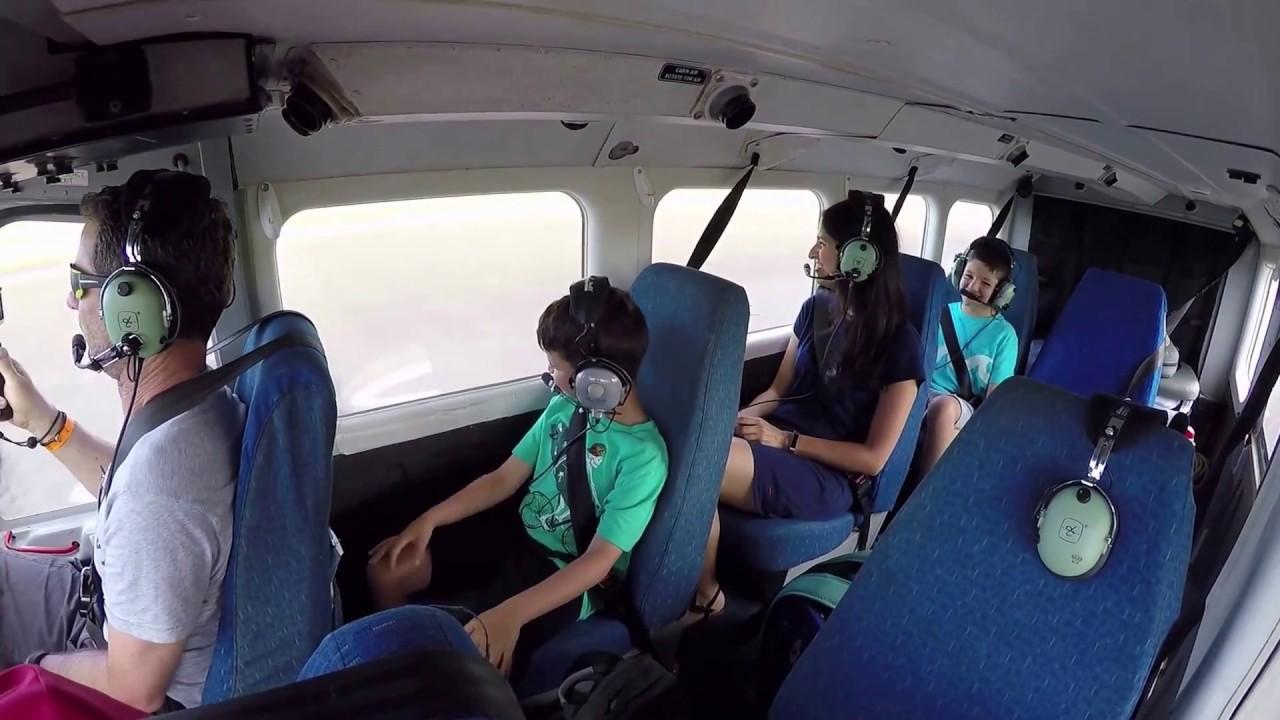 Wings Over Kauai Air Tour! May 31, 2017 Airvan 2 30