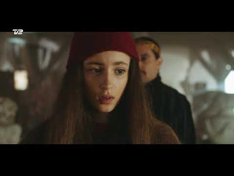 Musikvideo til Tinkas Juleeventyrs titelsang af Burhan G og Frida Brygmann   TV 2
