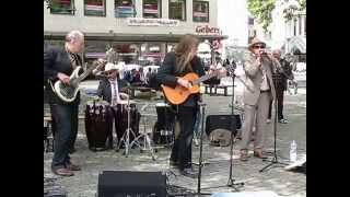 Tag der Straßenmusik -- Donkey Bridge