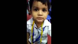 Video Cute Indian little child singing a bollywood song !voice india kids , episode 3 download MP3, 3GP, MP4, WEBM, AVI, FLV Oktober 2018
