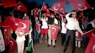 Зюганов: нестабильная Турция опасна для России(Своим мнением о попытке военного мятежа в Турции в эфире канала