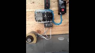 видео Реверс и торможение асинхронного двигателя с короткозамкнутым ротором