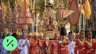 Thailand's Newly Crowned King Maha Vajiralongkorn Celebrates Coronation With Elaborate Procession