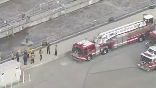 Baixar Teen rescued after falling into Los Angeles sewage pipe