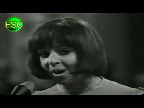ESC 1967 02 - Luxembourg - Vicky Leandros - L'Amour Est Bleu