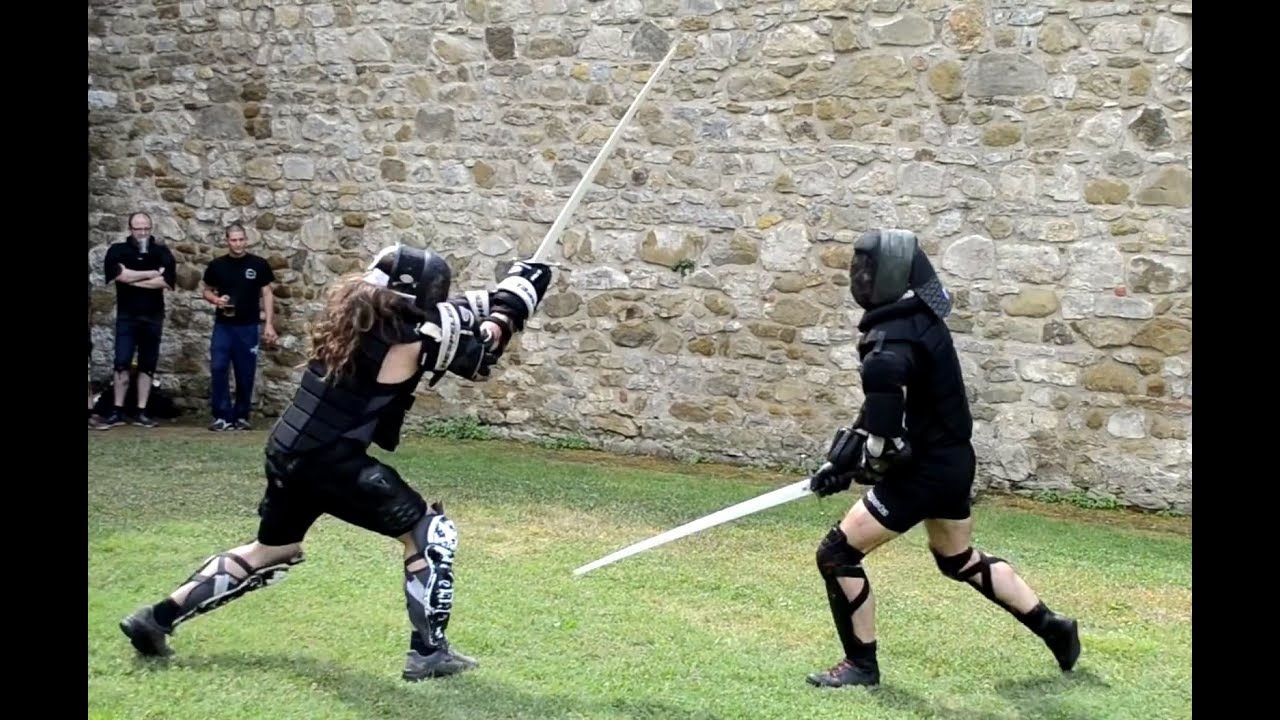Two Handed Sword Fighting Free Sparring Youtube