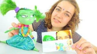 Видео для девочек. Брезгливость собирается на праздник.(Новая серия видео для девочек про куклу Брезгливость. Лена что-то задумала) Кажется, она хочет причесать..., 2015-10-30T20:14:03.000Z)
