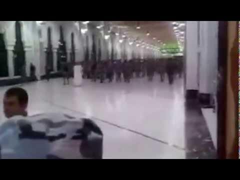 Umrede Cumhurbaskani Recep Tayyip Erdogani gören adam Çıldırdı !