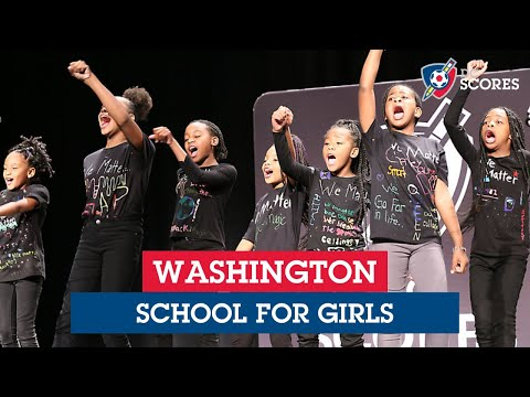 Washington School for Girls performs at the 2019 Eastside Poetry Slam
