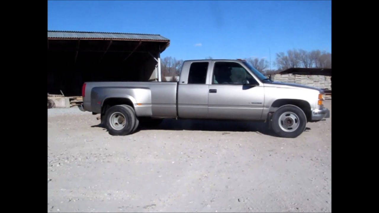 2000 GMC Sierra Classic 3500 SLE extended cab pickup truck
