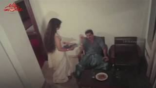 Hotel Manager Tactically Attacks Hema - V I P Malayalam Movie Scene