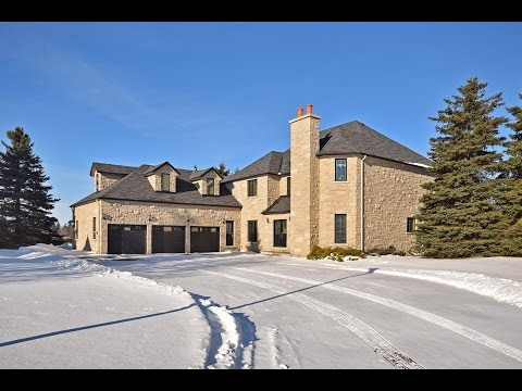 4 Bedroom Home With Indoor Pool For Sale In Orangeville - 19 Park Lane