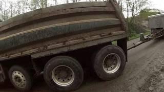overloaded dump trailer  no brakes