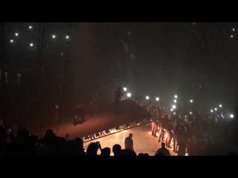 Kanye West - RANTS THEN LEAVES AFTER BARELY 3 SONGS [Live @ Golden 1 Center, Sacramento 11/19/16]