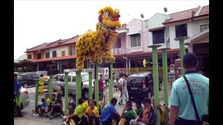 YICK NAM LION DANCE TEAM B (SENIOR) - KK (2FEB 2014)