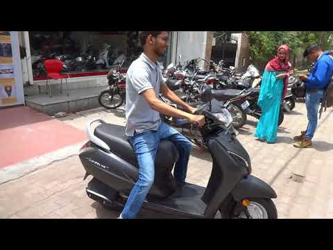 Taking delivery of Honda Activa 5G