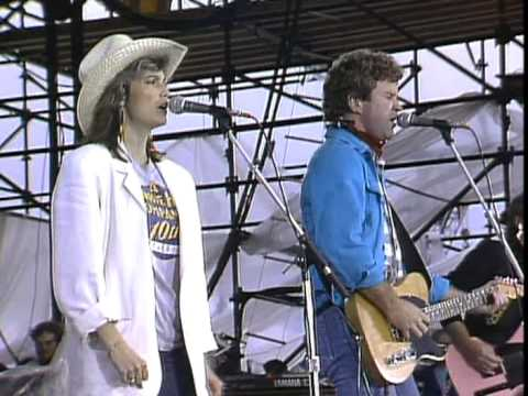 Southern Pacific and Emmylou Harris - A Thing About You (Live at Farm Aid 1985)