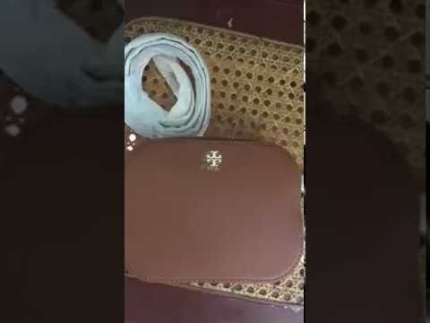 25fd7f39d048 Toryburchcrossbodys Tory burch round Robinson brown crossbody - YouTube