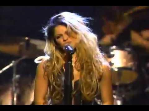Download Shakira - Dude (Looks Like A Lady) [Live at Mtv Icon Aerosmith HD