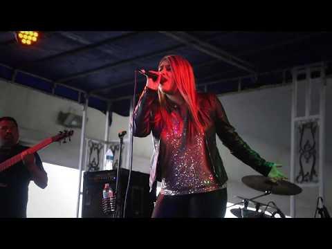 "Monica Saldivar Performing ""Este Dolor"" at The 2019 Tejano Music Awards Fan Fair"