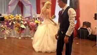 танец. Настя и Саша