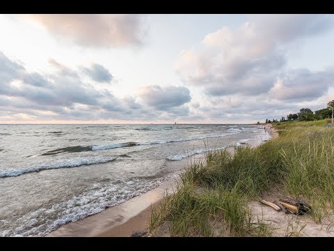 Lake Michigan Cottage For Rent - No Bluff Private Lake Michigan Beach In South Haven, Michigan