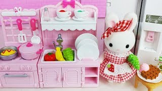 Baby doll mini kitchen cooking and food Refrigerator play story music - ToyMong TV 토이몽