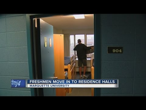 Marquette University students move in Wednesday