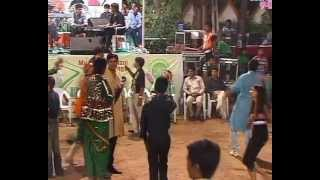 Gujarati Garba Song Navratri Live 2011 - Lions Club Kalol - Vikram Thakor - Mamta Soni Day-10 Part-7