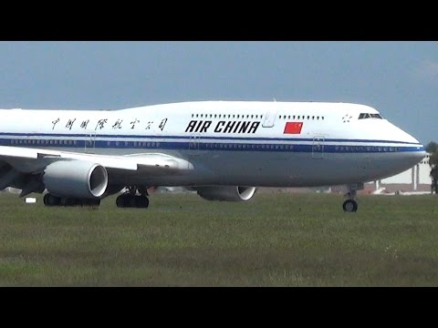 ✈ [NEW CHINESE GOVERNMENT AIRCRAFT] Boeing 747-8 SOFT Landing @ Hamburg Airport