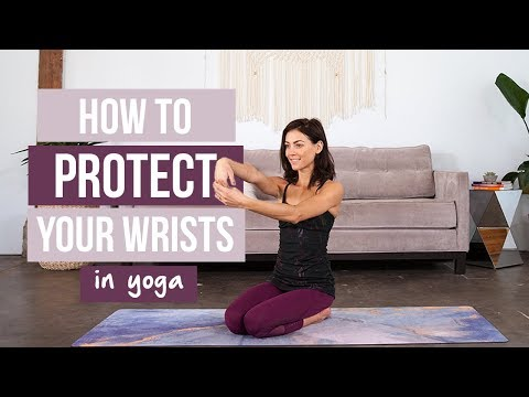 How to Avoid Injury and Protect the Wrists in Yoga