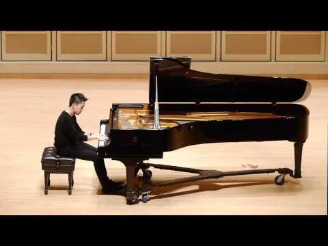Pillho Bae plays Barber - Piano Sonata, Op. 26