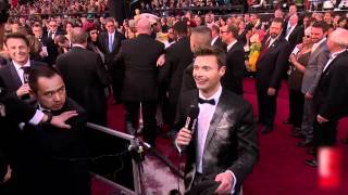 Gambar cover Celebrities Losing It On The Red Carpet