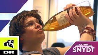 Mand drikker 8 liter tis hver dag! | Ultra Snydt
