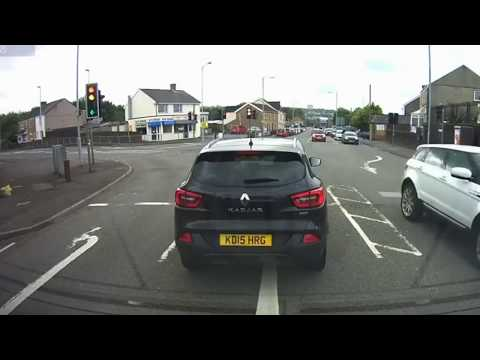 IDIOT FUNNY DRIVERS EPIC FUNNY DRIVING FAILS WEEK JULY 2017 COMPILATION