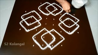 Simple sikku kolam with 8 to 4 Straight dots.