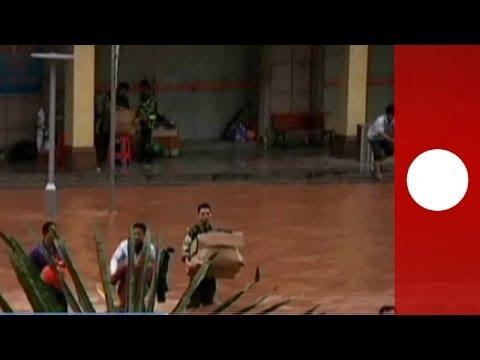 """Taifun: Sturm """"Haiyan"""" kommt nach Philippinen nun nach China - Amateur-Video"""