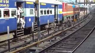 😮😮😮Be aware of this places when u travel in train🚇🚇🚇