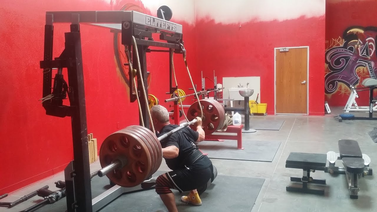 Competitive Gaines: Mono Lift Squats with Asa Barnes ...