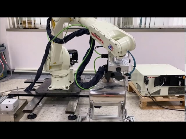 Kawasaki Robot and QuellTech Laser Scanner for Seam Tracking