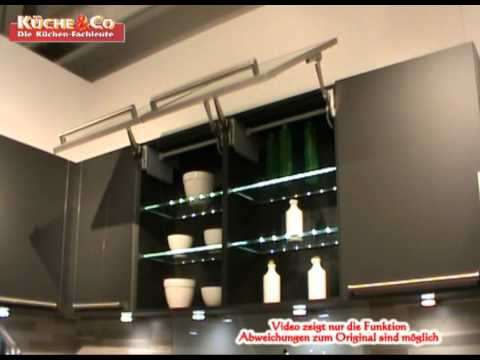 k che co h ngeschrank mit liftt r in glas youtube. Black Bedroom Furniture Sets. Home Design Ideas