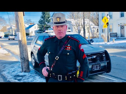 "Crazy: HE WANTS TO KILL ME FAST!!! ""Gestapo-Like"" OFFICER ARRIVES!!! 1st amendment audit FAIL!"