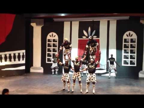 Видео, Шоу акробатов из Кении, 1-часть, такого я не видел