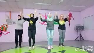 Raya dance #SELOKA HARI RAYA #gengHJ